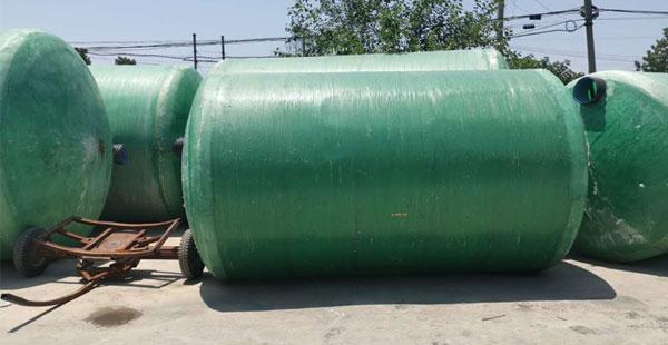 如何防止玻璃钢化粪池老化